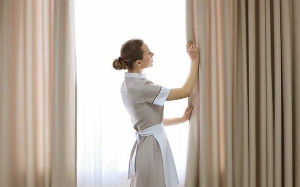 ۵ روش درخشان کننده در شستن پرده توری و حریر